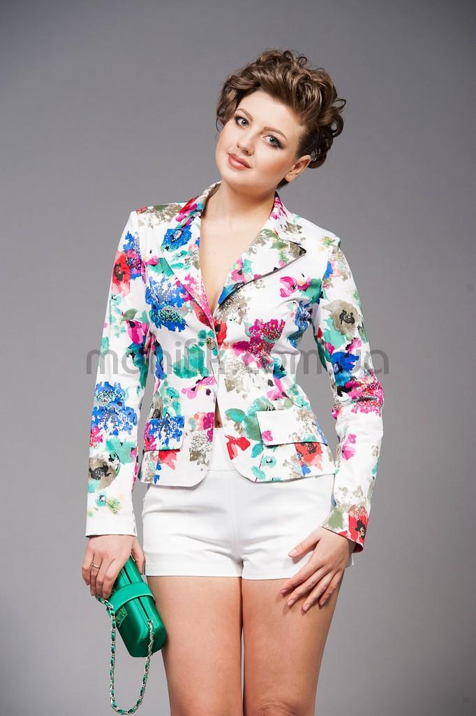 Женские пиджаки с цветами
